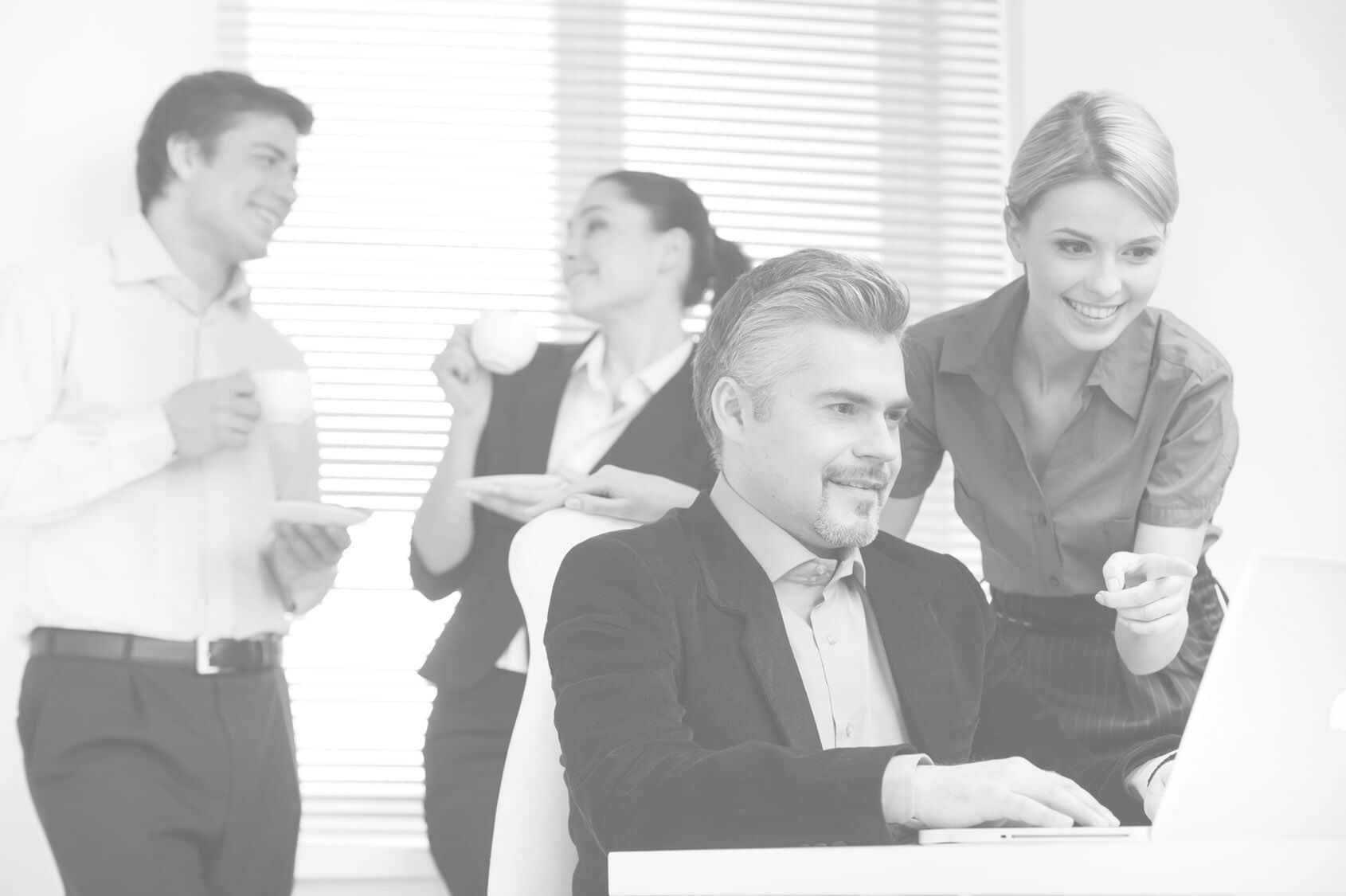 Das OneOffixx Vorlagensystem lässt IT und Marketing als Team gemeinsam erfolgreich sein.