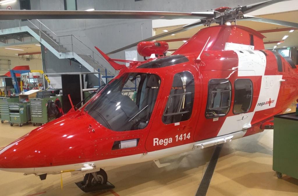 OneOffixx_bei_Rega_Augusta_DaVinci_Hubschrauber_im_Hangar